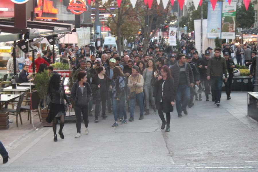 Ankara kadınlara saldırı