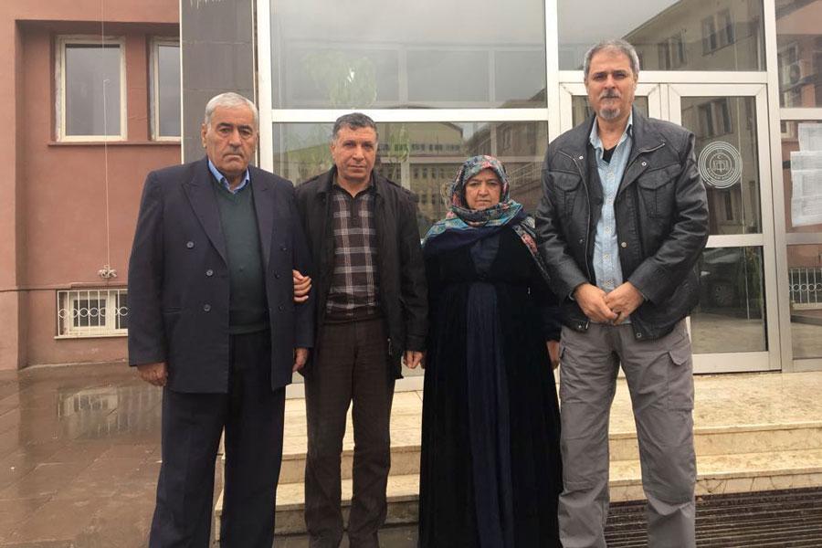 Türkiye Gazeteciler Sendikası ve Özgür Gazeteciler İnisiyatifi temsilcileri