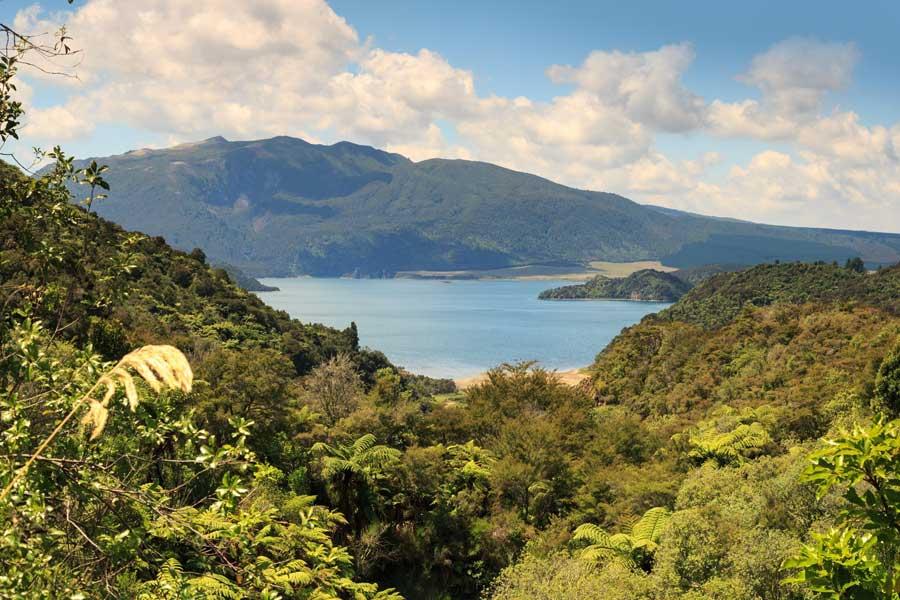 Rotomahana gölü