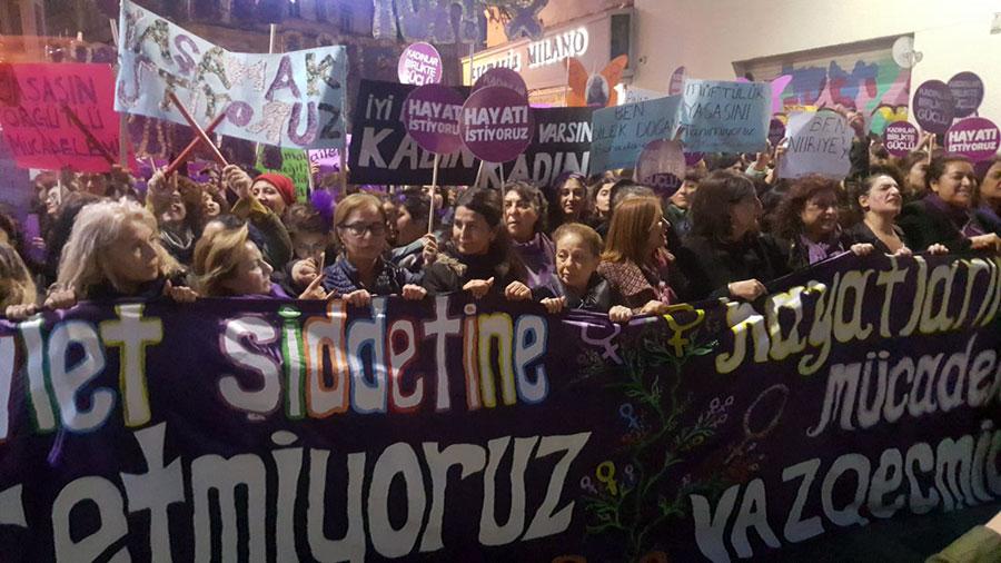 25 kasım yürüyüşü istanbul