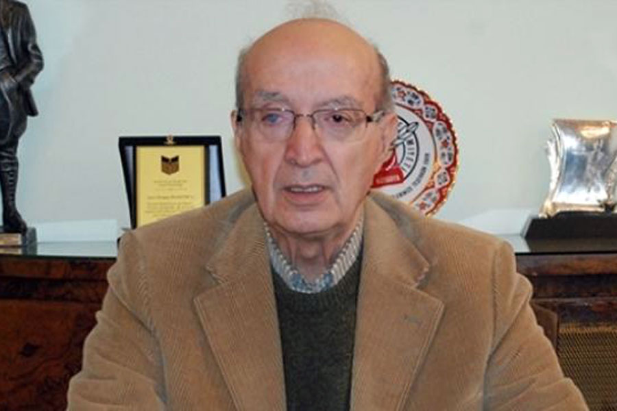 Turgay Olcayto