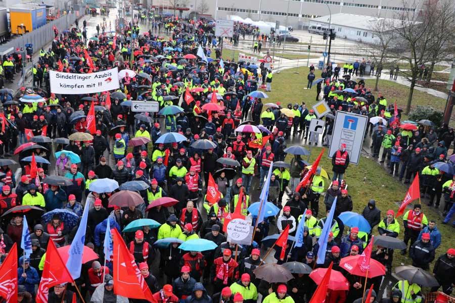 Almanya Mercedes uyarı grevi
