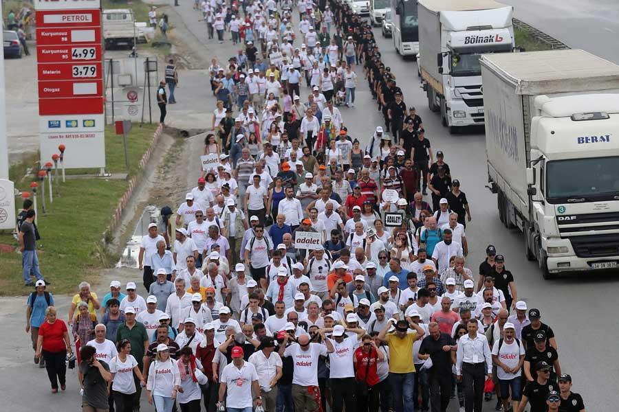 adalet yuruyusu 19 gun turkiye ve adalet icin yuruyecegiz evrensel