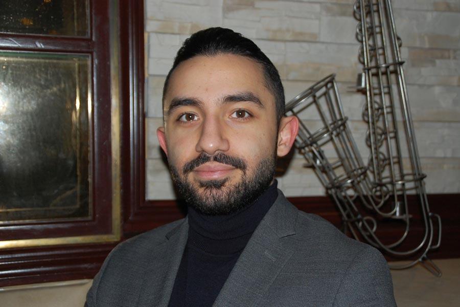 Daniel Riazat