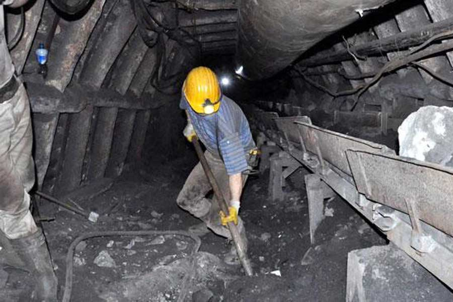 Maden İşçisi (Evrensel)