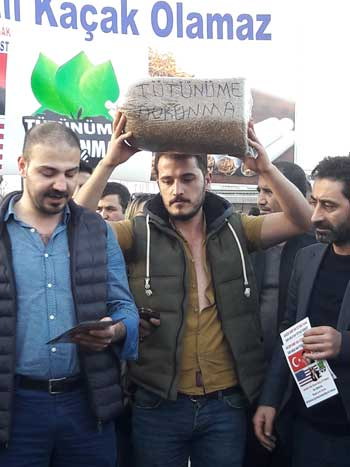 İstanbul'da tütün eylemi