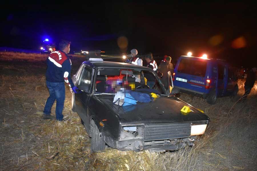 Aksaray'da 1'i kadın 2 kişi otomobilde öldürüldü