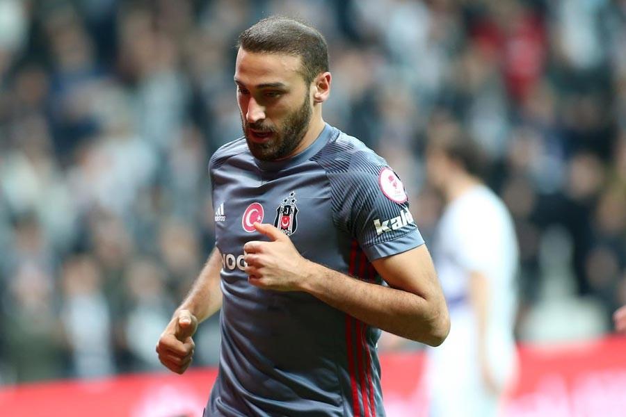 Beşiktaş ve Everton, Cenk Tosun transferinde son aşamada