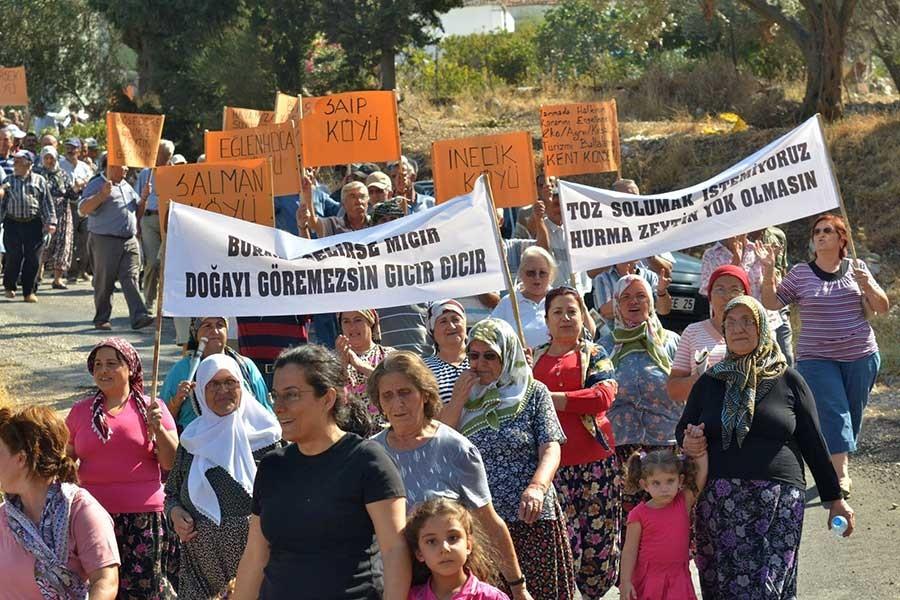 Ruhsat iptaline rağmen Karaburun'daki taş ocağı hala faal