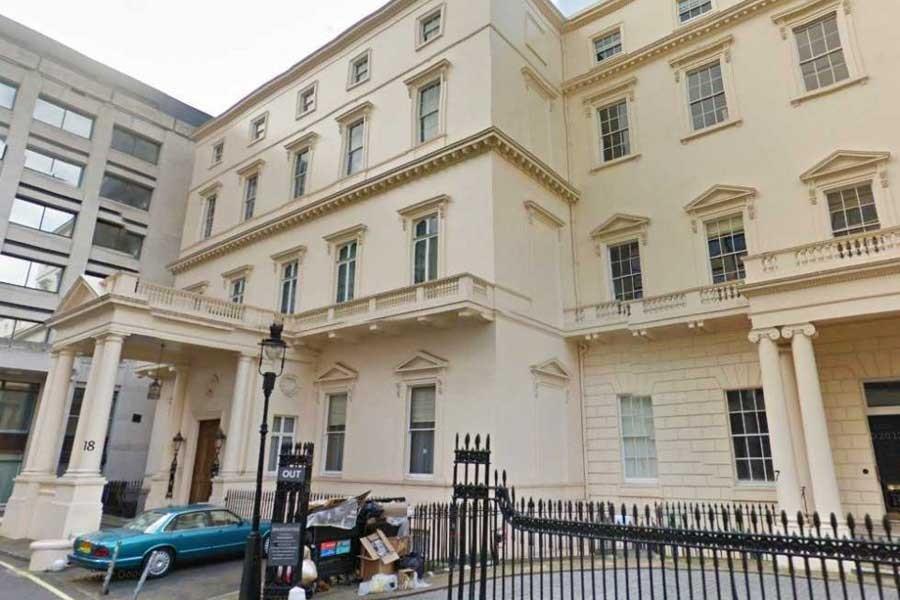 İngiltere'de 2,300'den fazla akademisyen istifa etti