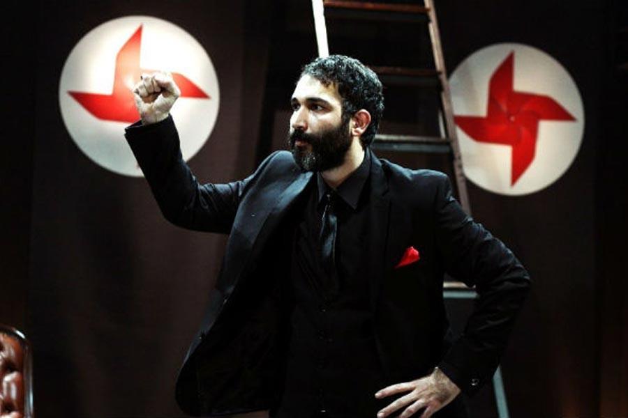 Artvin'de Barış Atay'ın 'Sadece Diktatör' oyununa engelleme