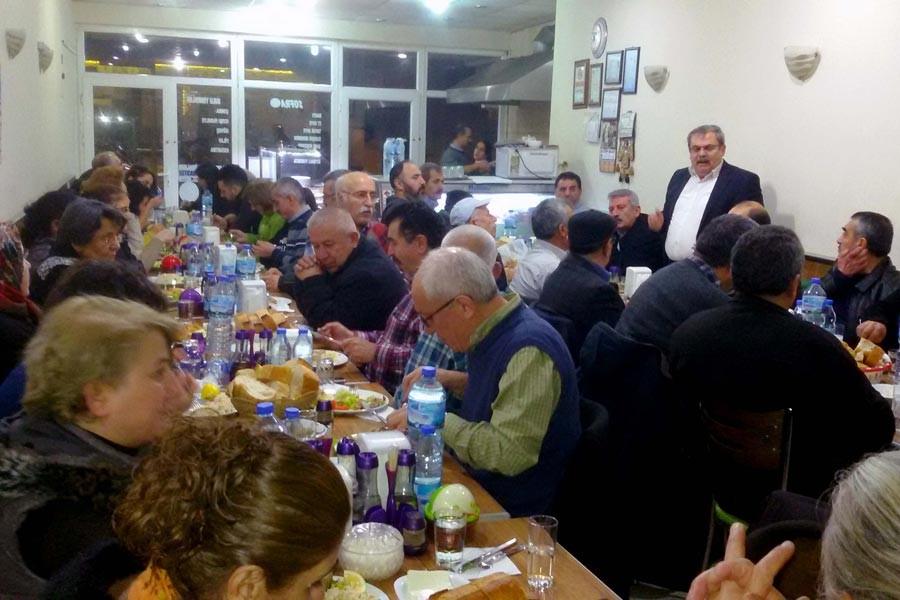 Aydın'da Evrensel'ledayanışma yemeği yapıldı