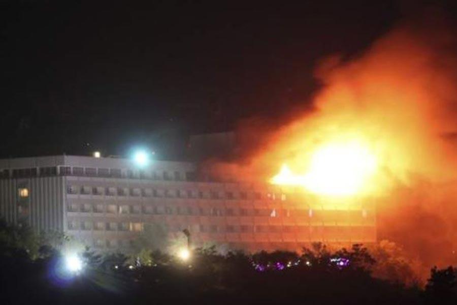 Kabil'de lüks otele silahlı saldırı: 18 ölü