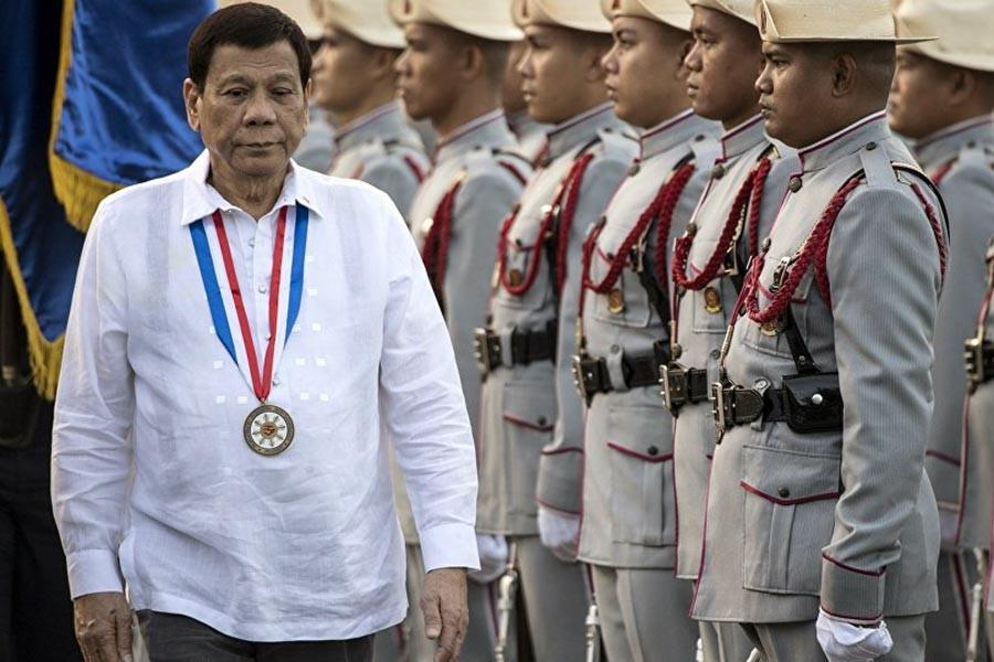 Rodrigo Duterte: Diktatöre dönüşmek istersem beni vurun