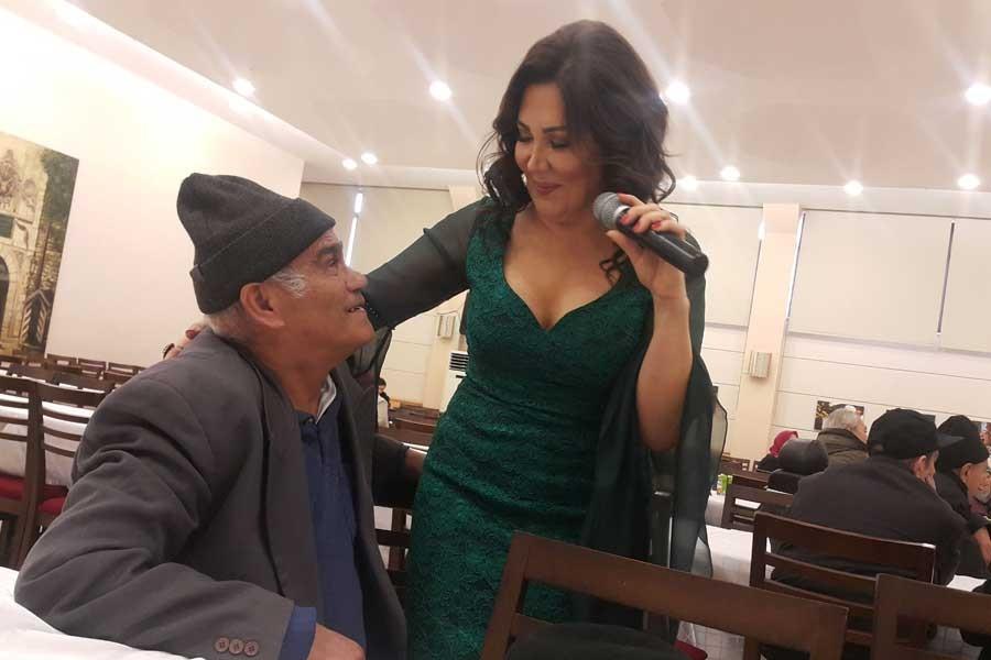 Zehra Su Darulaceze'de konser verdi