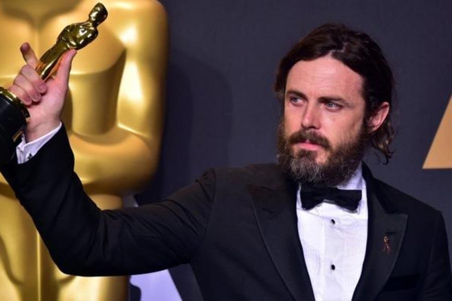 Affleck, taciz suçlaması nedeniyle Oscar töreninden çekildi