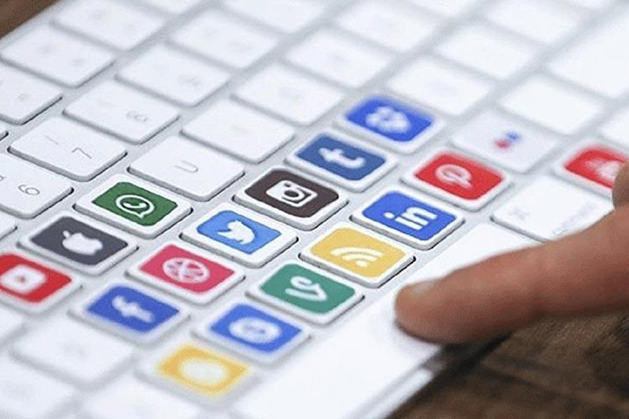 Cadı avı yetmedi: Facebook, Twitter ve YouTube'a 'uyarı'