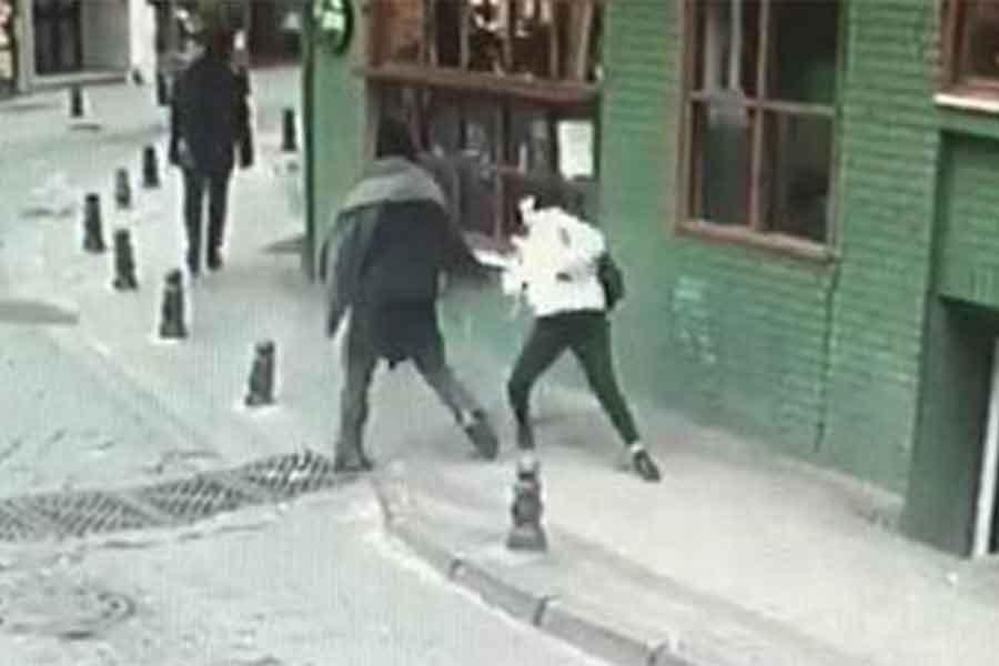 Liseli genç kadına yumruk atan erkek tutuklandı