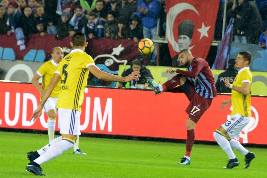 Trabzonspor-Fenerbahçe maçı 1-1 sona erdi