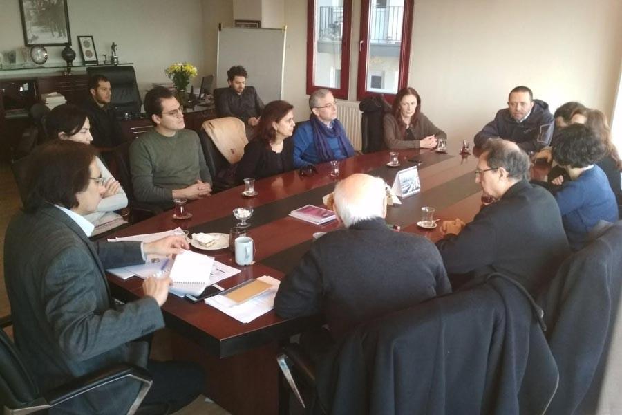 Barış bildirisi imzacısı akademisyenlerden TTB'ye destek