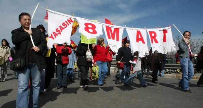 Olağanüstü bir 8 Mart, olağanüstü bir kadın mücadelesi