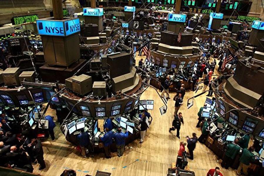 Dow Jones Endeksi tarihinin en sert düşüşünü yaşadı