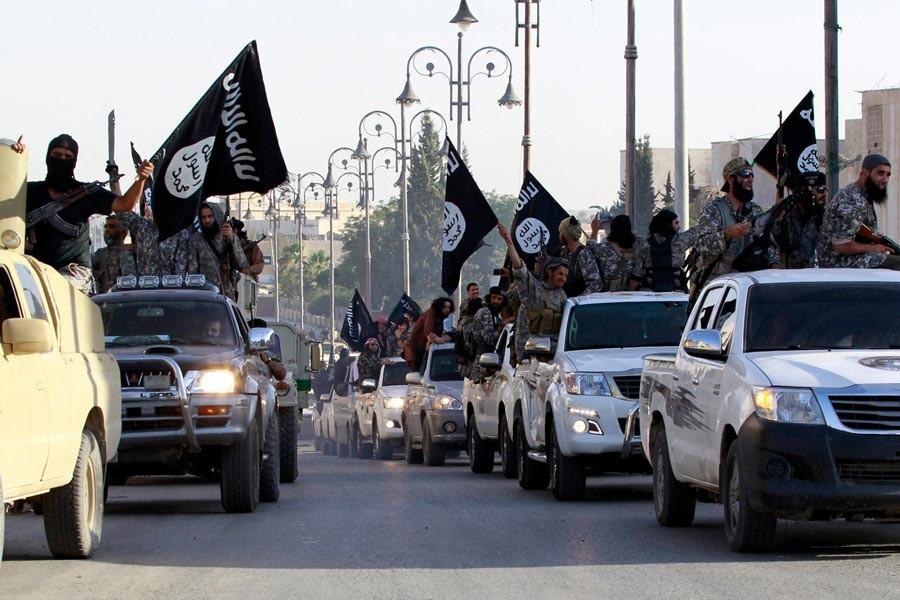 Times: IŞİD, Suriye ve  Irak'ta yeniden örgütleniyor