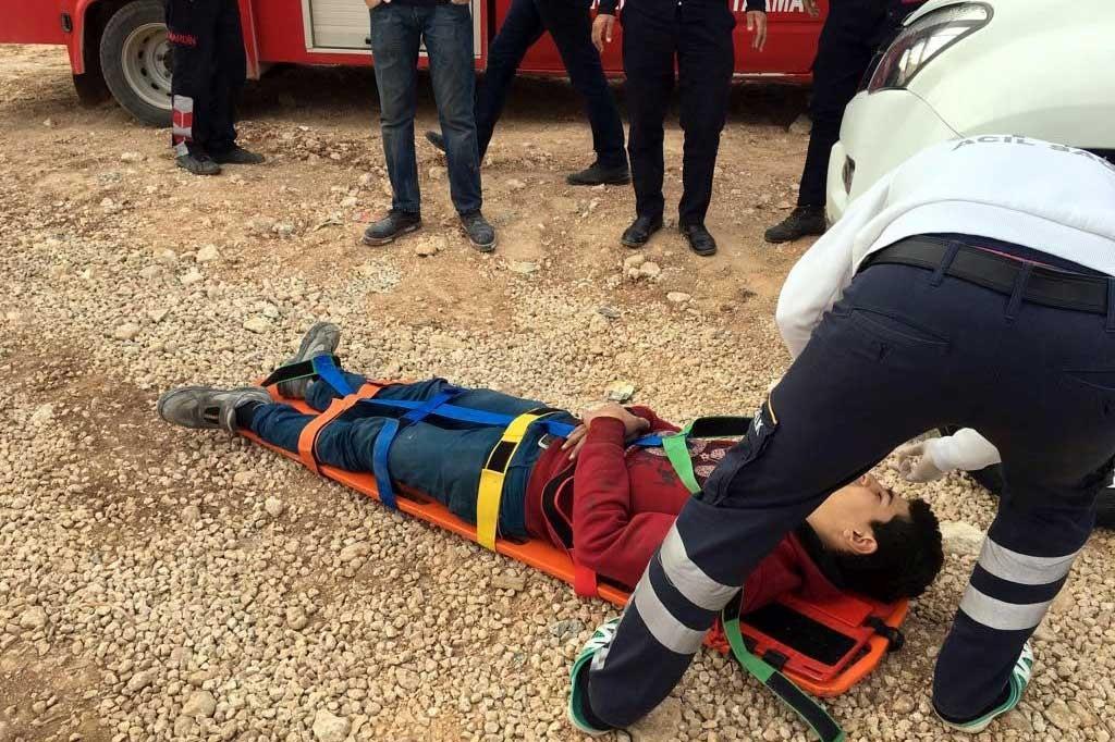 Nusaybin'de inşaat iskelesi çöktü: 3 işçi yaralandı