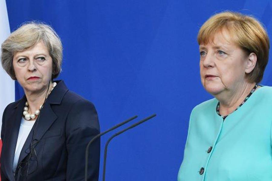 Theresa May ve Angela Merkel