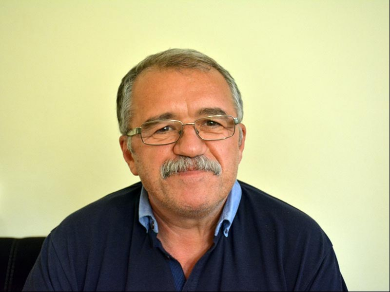 Gazeteci Yazar Şeyhmus Diken