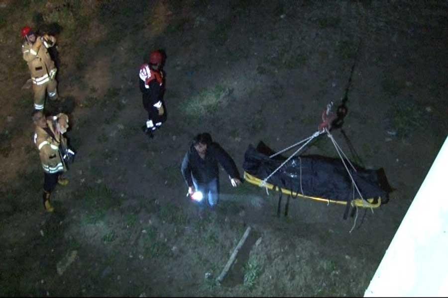 Arnavutköy'de ağızları bantlanmış iki ceset bulundu