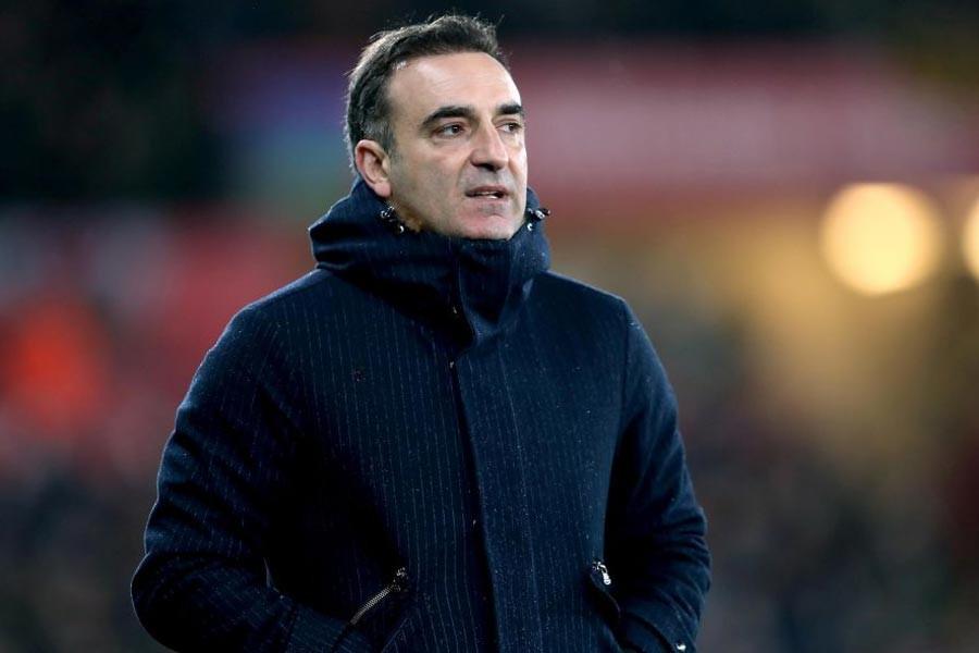 Carlos Carvalhal, Swansea'yi ipten aldı