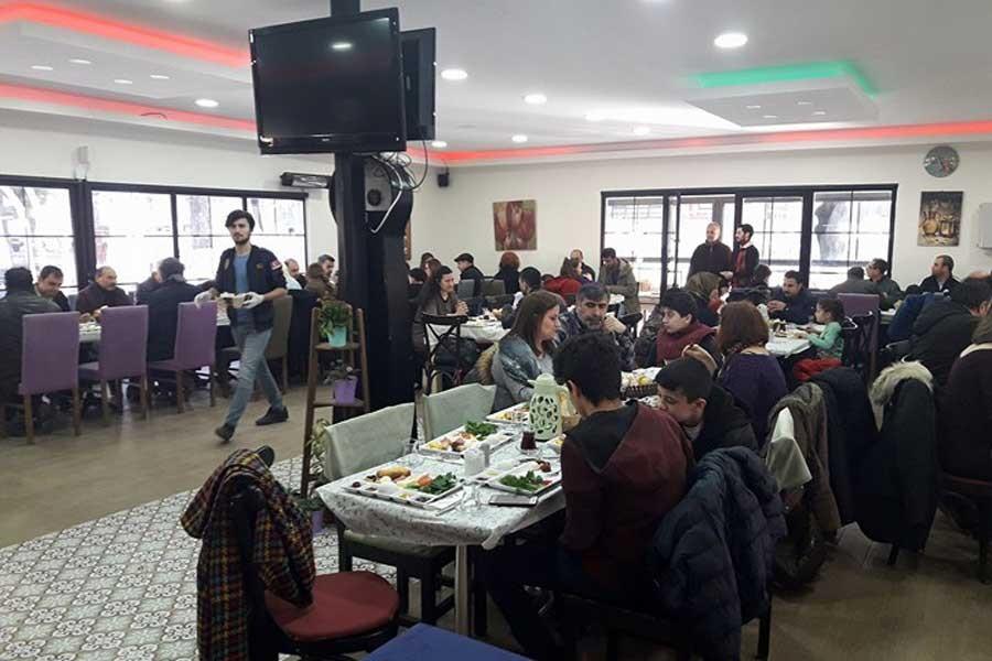 Çorlu'da Evrensel okurları dayanışma kahvaltısı düzenledi