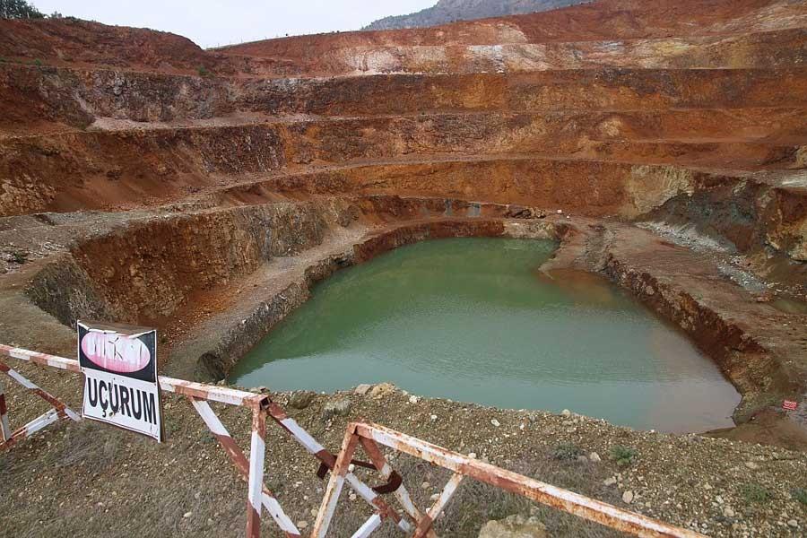 Çaldağı nikel madenciliği yüzünden uçurumun kıyısında!