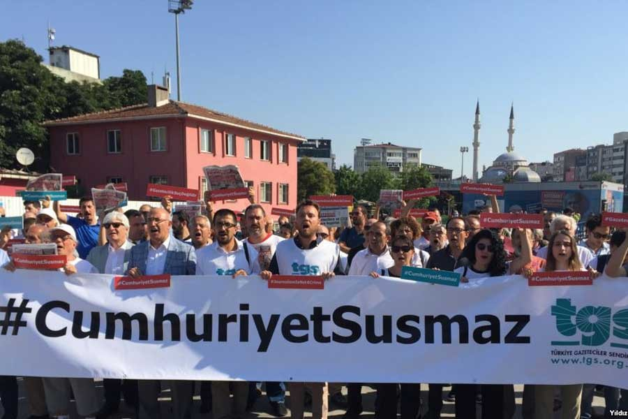 Cumhuriyet Davası: Bu hukuksuzluk 9 Mart'ta son bulsun