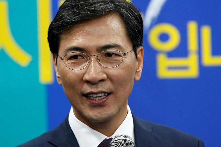 Kore Cumhuriyeti'nde tecavüzle suçlanan vali istifa etti