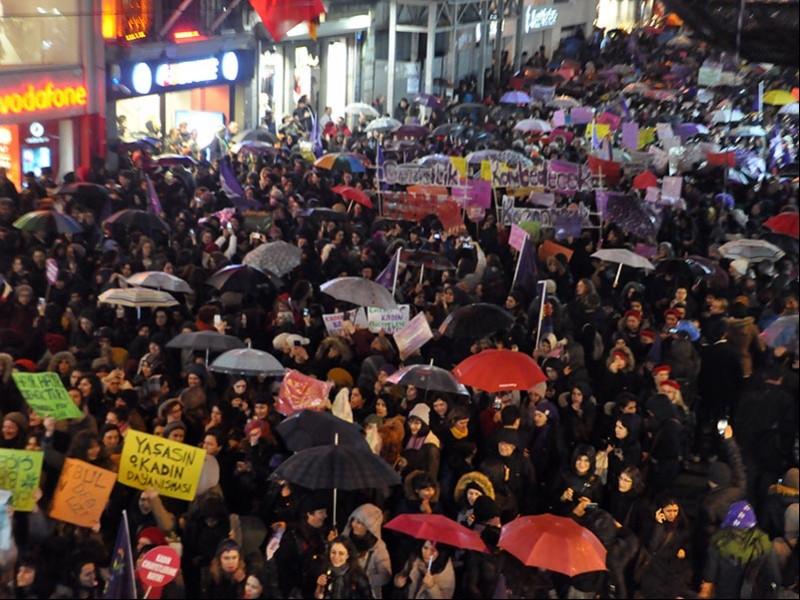16. Feminist Gece Yürüyüşü (Fotoğraf: EVRENSEL)