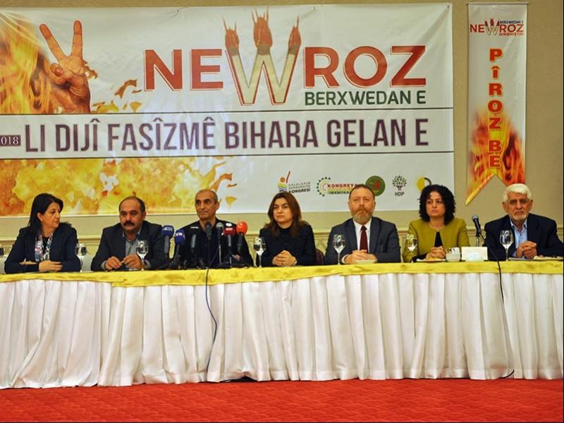 Diyarbakır'da partilerin eş başkanları bir araya gelerek Newroz'a dair açıklama yaptı