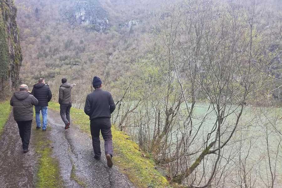 Artvin Borçka'da baraj gölünde tekne alabora oldu: 1 kayıp