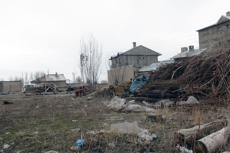 Yüksekova'da evin bahçesinde patlama: 1 yaralı