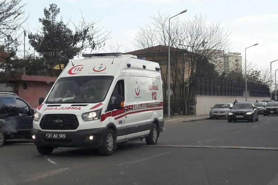 Diyarbakır'da 3 asker hayatını kaybetti