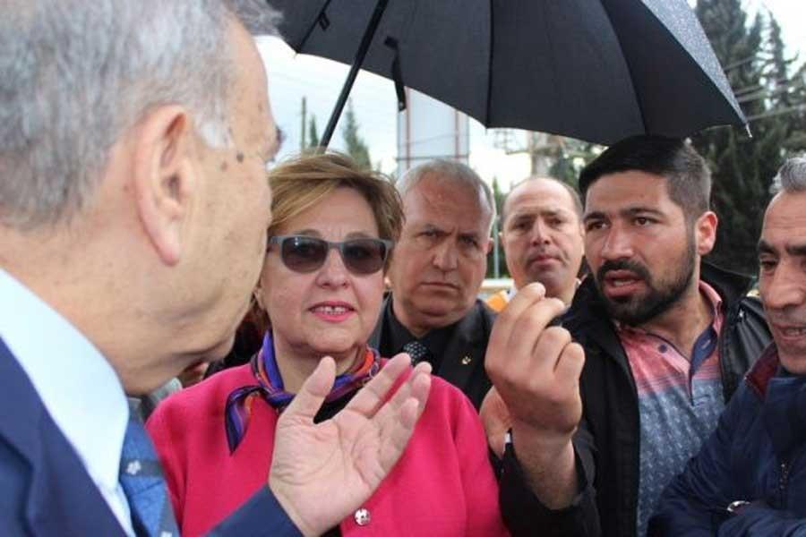 İzmir BB Başkanından iş isteyen vatandaşa: Çatıya çık