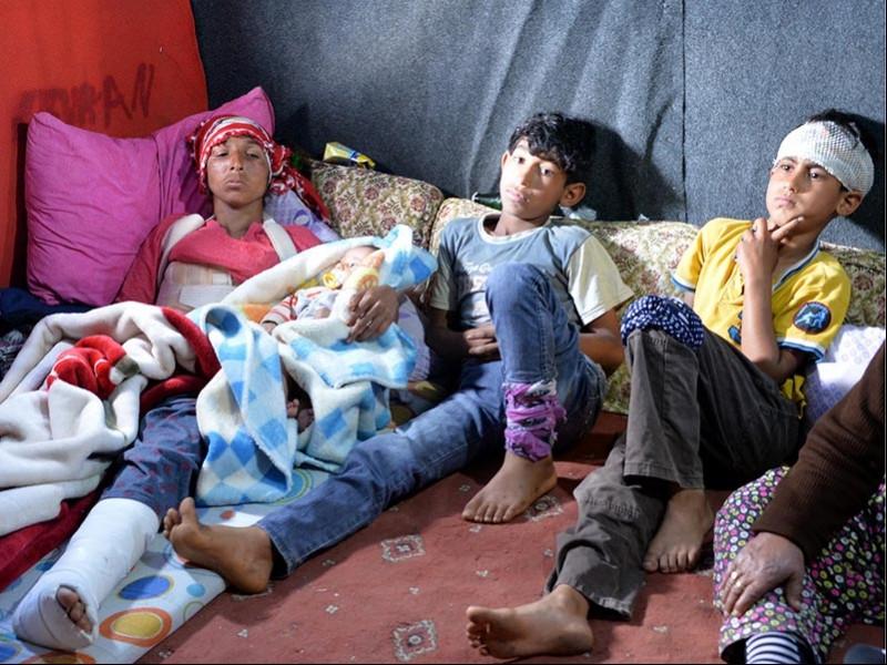 Tarım işçiliği yaparak geçinen aile, kaza sonrası perişan oldu (Fotoğraf: DHA)