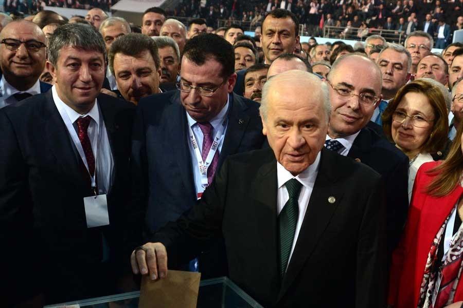 Devlet Bahçeli 9'uncu kez MHP'nin genel başkanı oldu