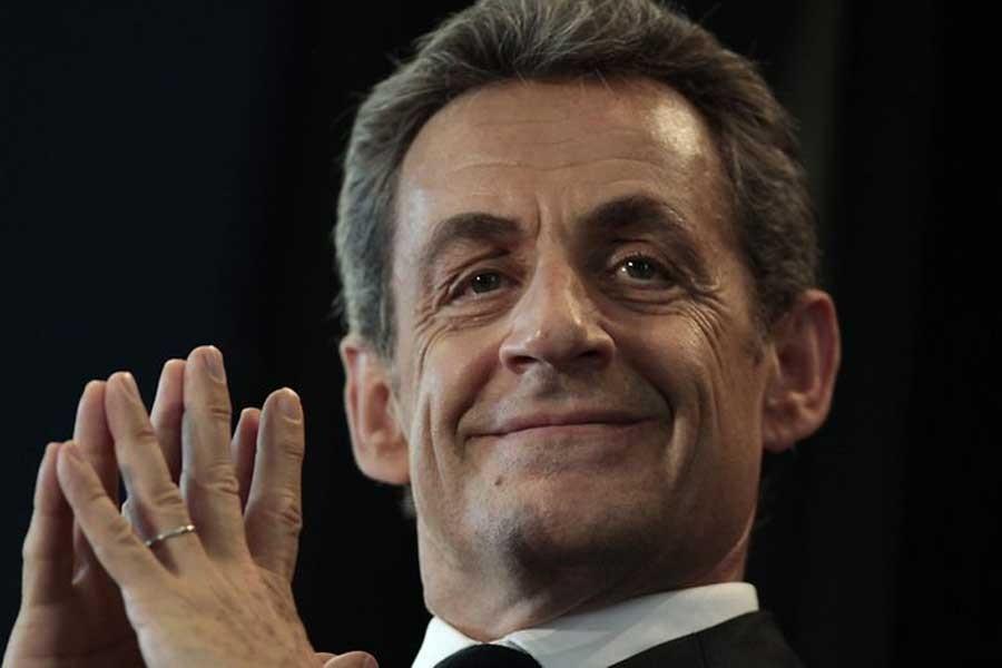 Fransa eski cumhurbaşkanı Sarkozy gözaltına alındı