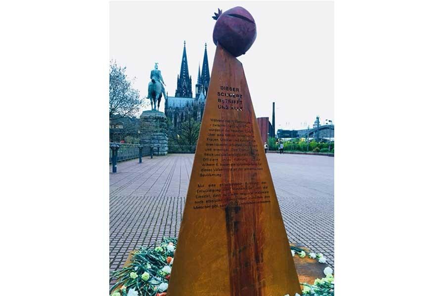 Köln'de 'Ermeni Soykırımı' Anıtı: Bu acı hepimizin