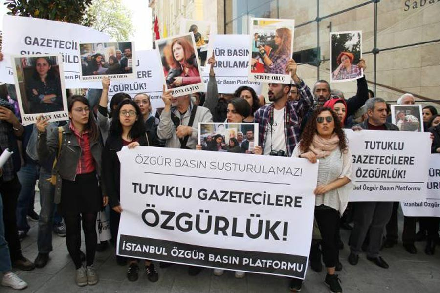 Gazetecilerle dayanışma amaçlı açıklama yapıldı: Serbest bırakın