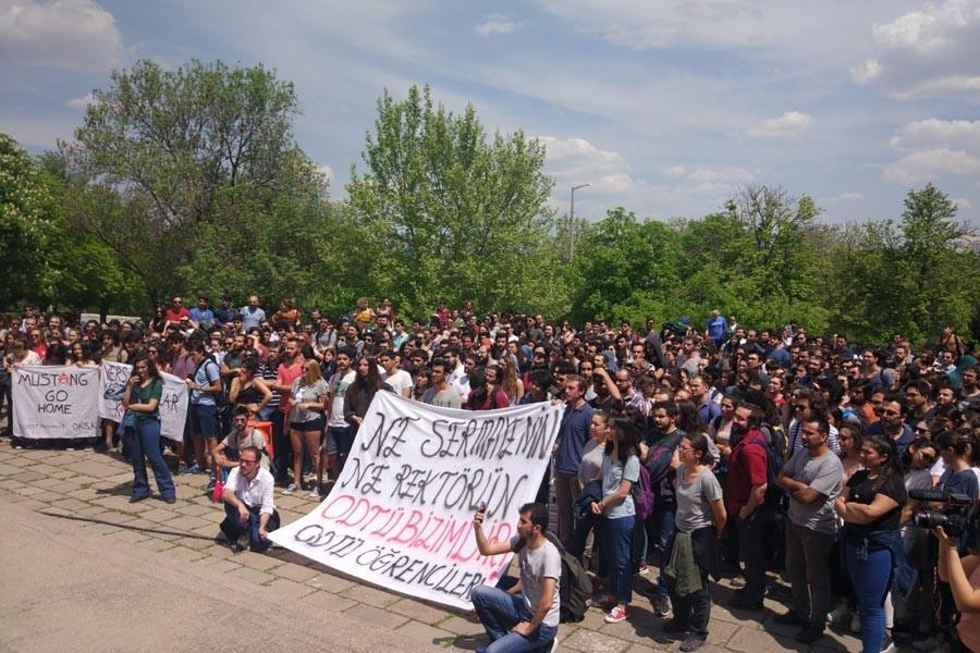 ODTÜ'DE PROTESTO
