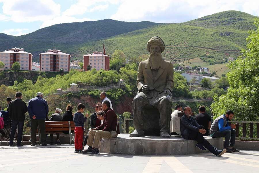 Dersim'de HDP ve sendikaların protokol listesine alınmamasına tepki
