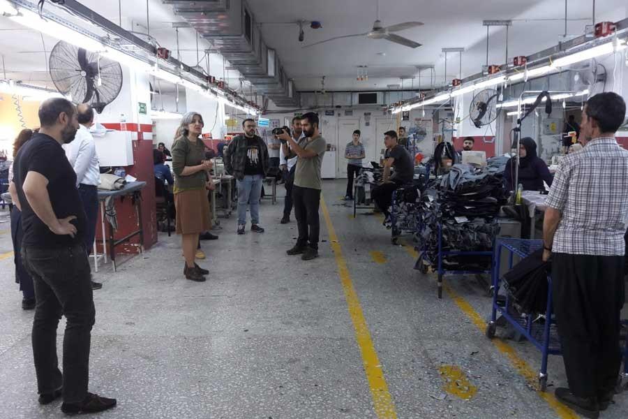 EMEP Genel Başkanı Selma Gürkan fabrikada işçilerle buluştu